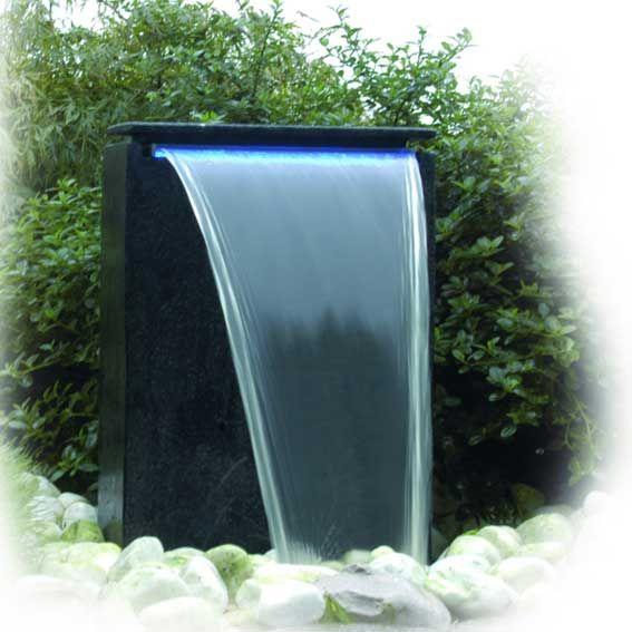 lame d 39 eau en fontaine de jardin le top fontaines en. Black Bedroom Furniture Sets. Home Design Ideas
