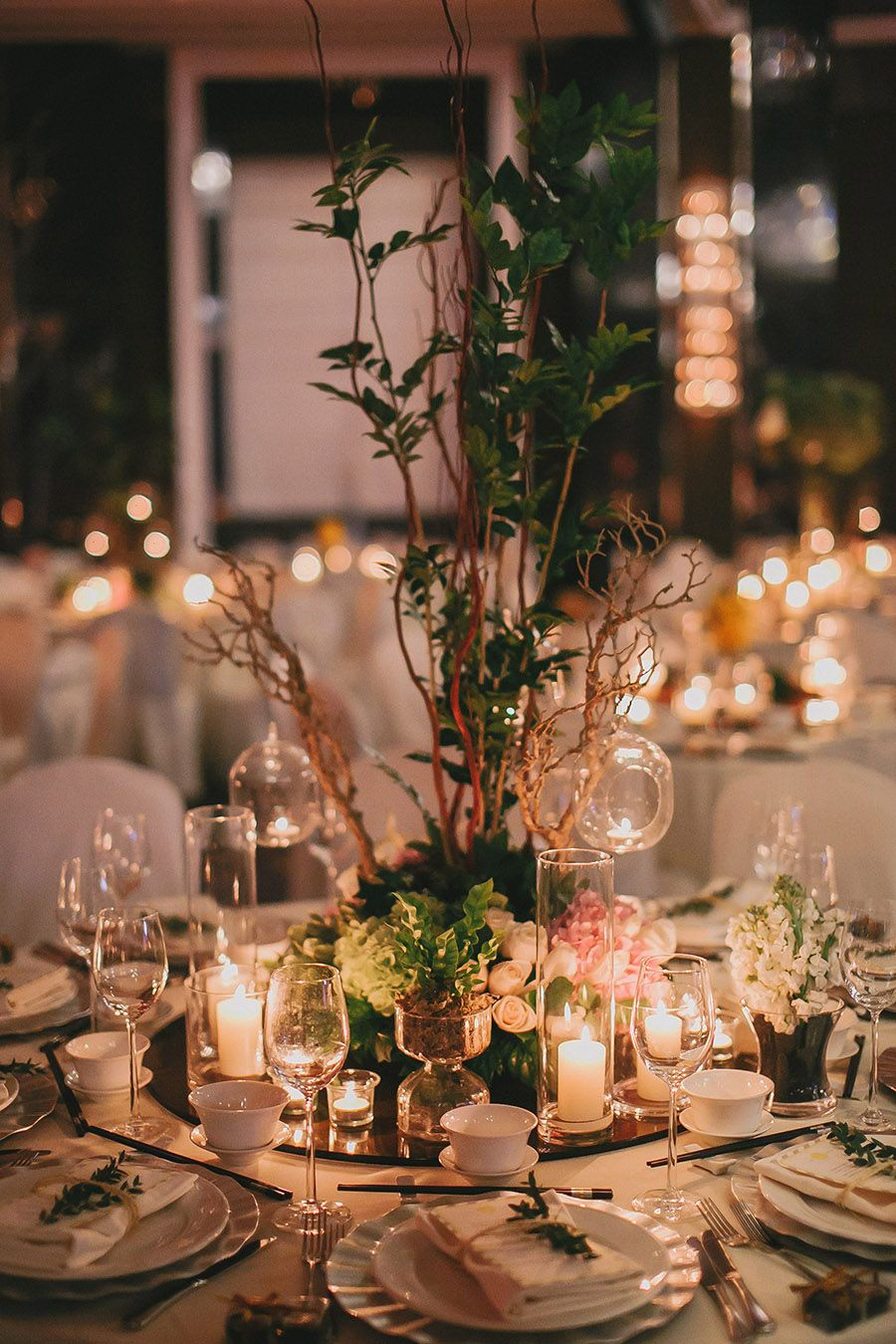 David and casss rustic ballroom wedding at the majestic hotel kuala singapore based couple david and cass brought their love of the great outdoors to the grand ballroom of the majestic hotel kuala lumpur with a rustic junglespirit Image collections