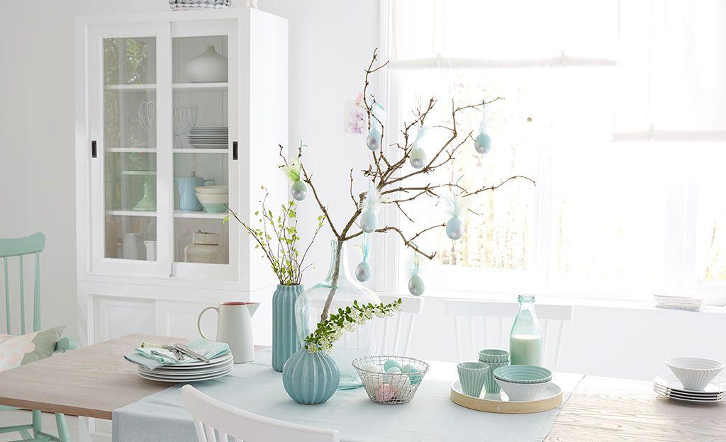 Ostereier mit federn basteln bastel ideen f r ostern for Wohnung dekorieren ostern