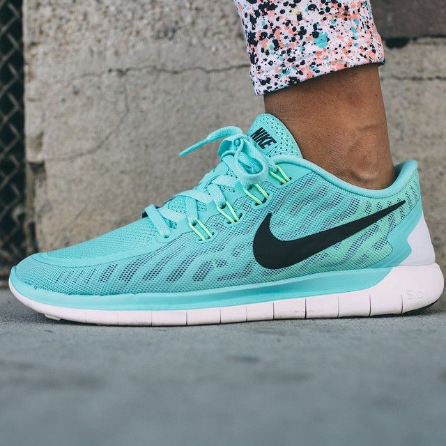 Nike tennis shoes outfit
