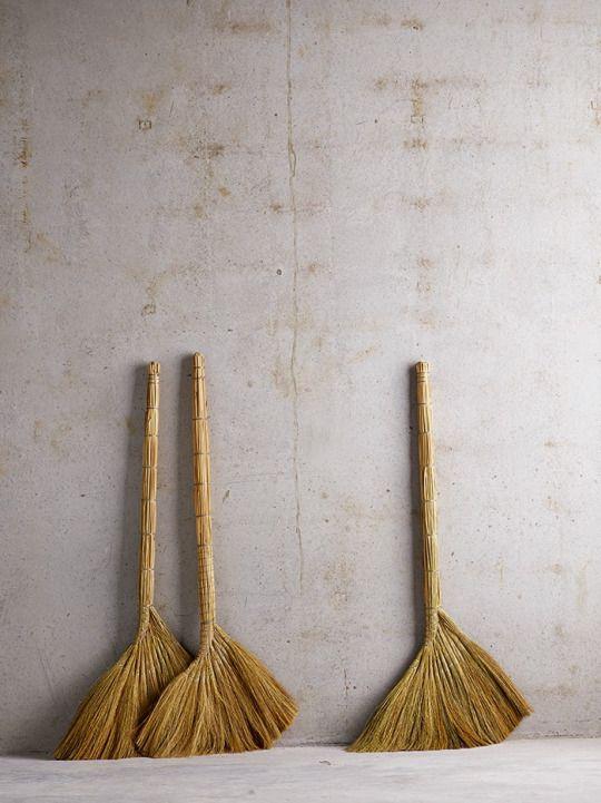 Tina Motta Straw Broom Broom Home Accessories