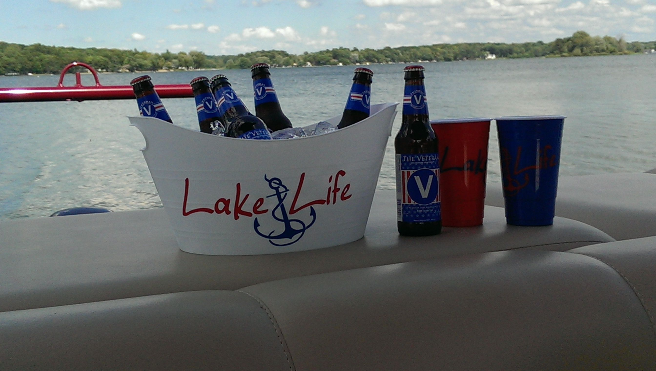Veterans Beer and #LakeLife set on the boat. :)  Interested in the lake life set let me know, I can point you in the right direction to get yours