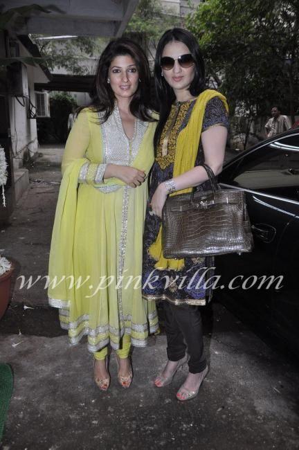 twinkle khanna   Desi   Pinterest   Twinkle khanna, Celeb ...