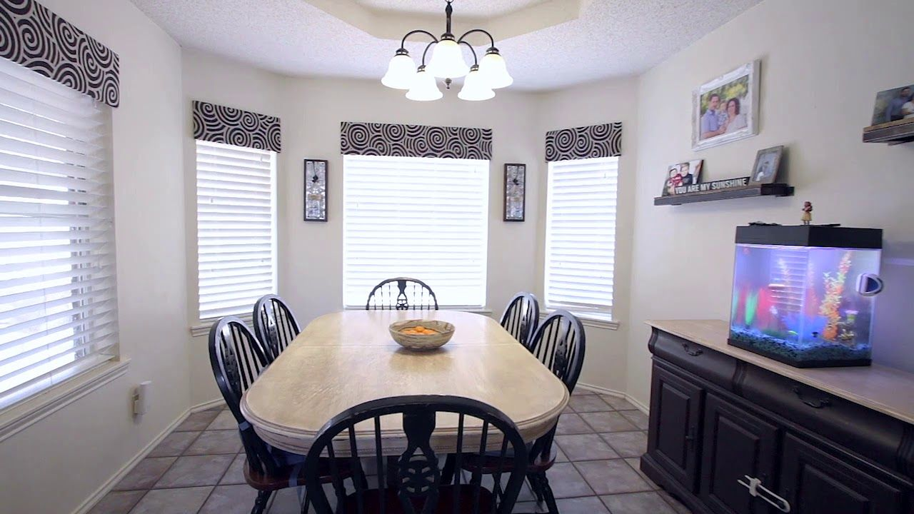 6274 Ranch Lane San Angelo Texas It Might Be Time To Talk To Scott 325 450 5099 Wood Laminate Flooring Home Wood Laminate