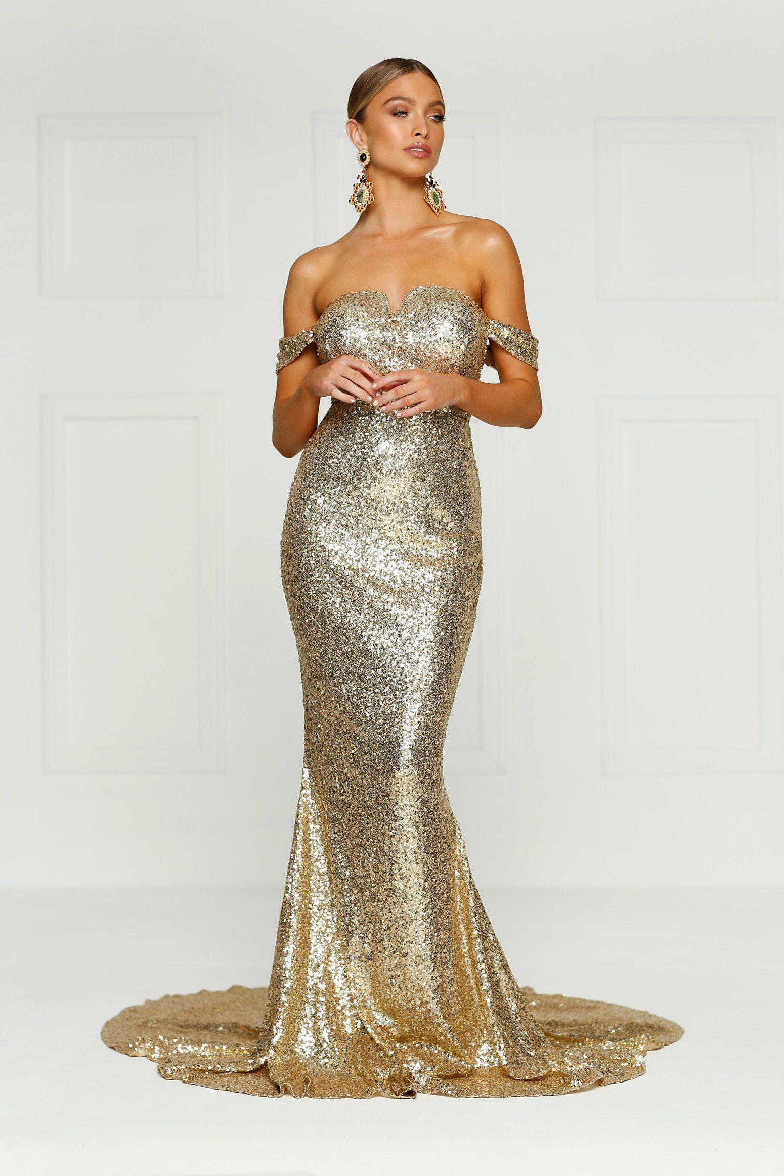 Jonquille sequins gown gold prooooooooooooooom pinterest