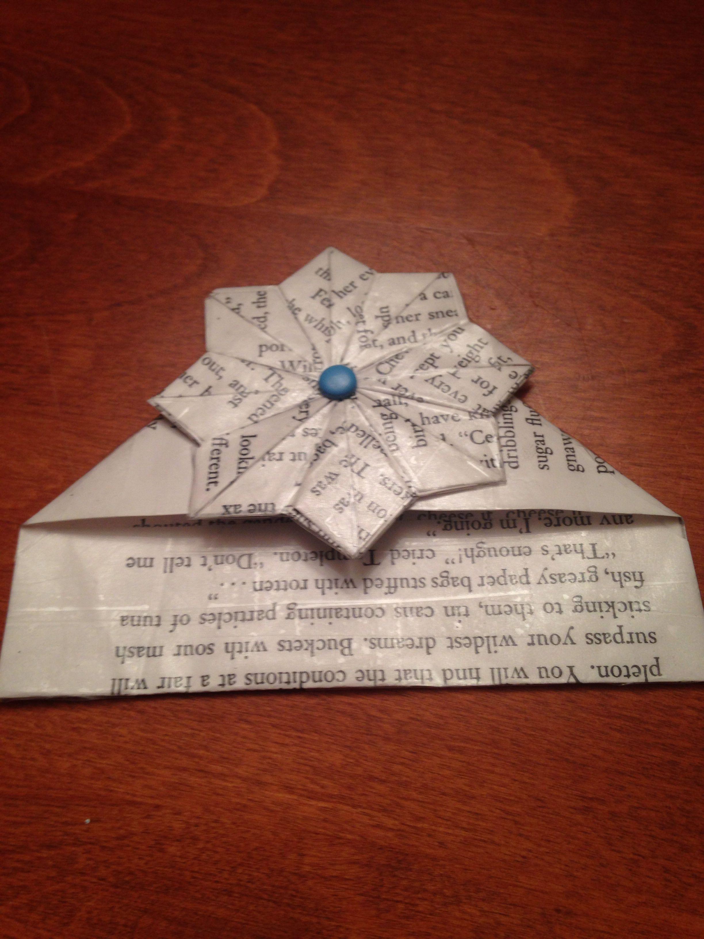 You like Watch DIY easy origami corner bookmark by DynamiteDecor on