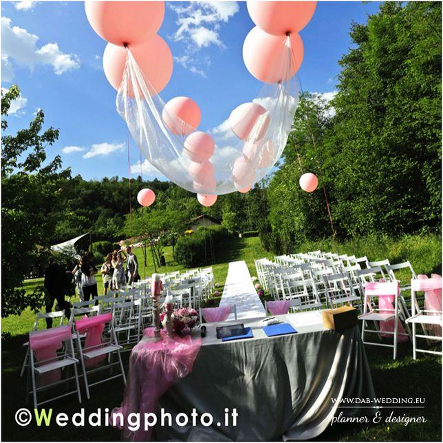 Micol & Fabio, due sposi speciali! Big Balloon rosa hanno colorato e reso incredibile il loro wed'day! Credits / Fotografia: Wedding photo di Maurizio Nava / Location: Cascina Il Casale. — a Inverigo.