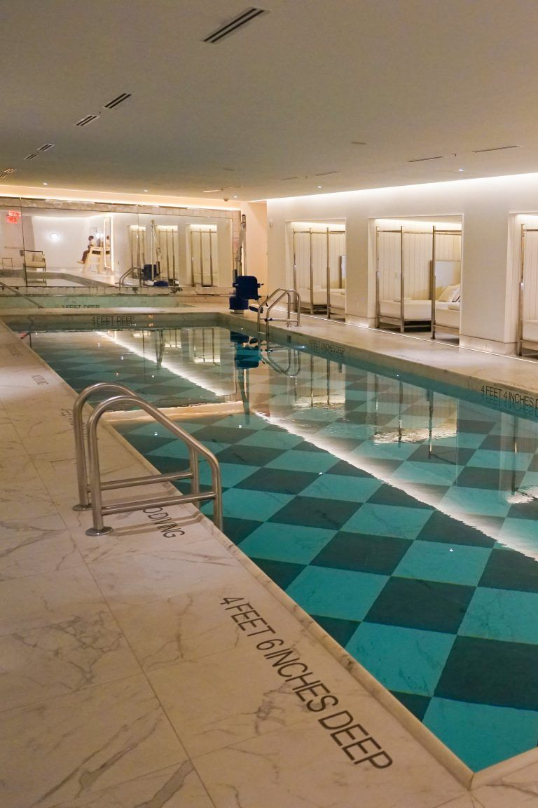 30 Top Luxury Hotels In Manhattan Nyc For Your Perfect Stay In Gotham Inspired By Maps Top Luxury Hotels Luxury Hotel New York Hotels
