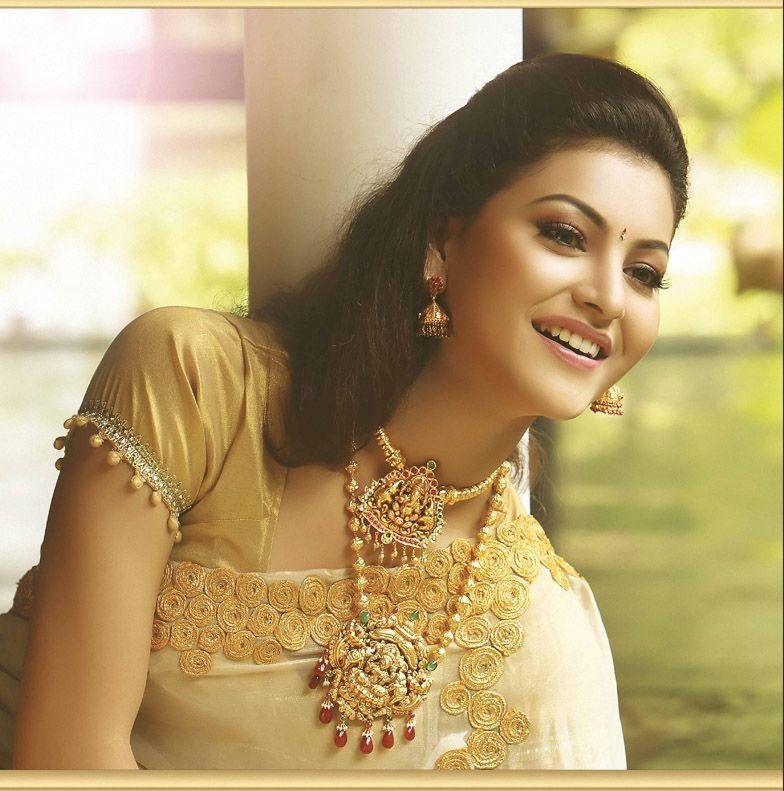 Bhima Jewellers new Model | Accessorize | Pinterest | Saree, Gold ...
