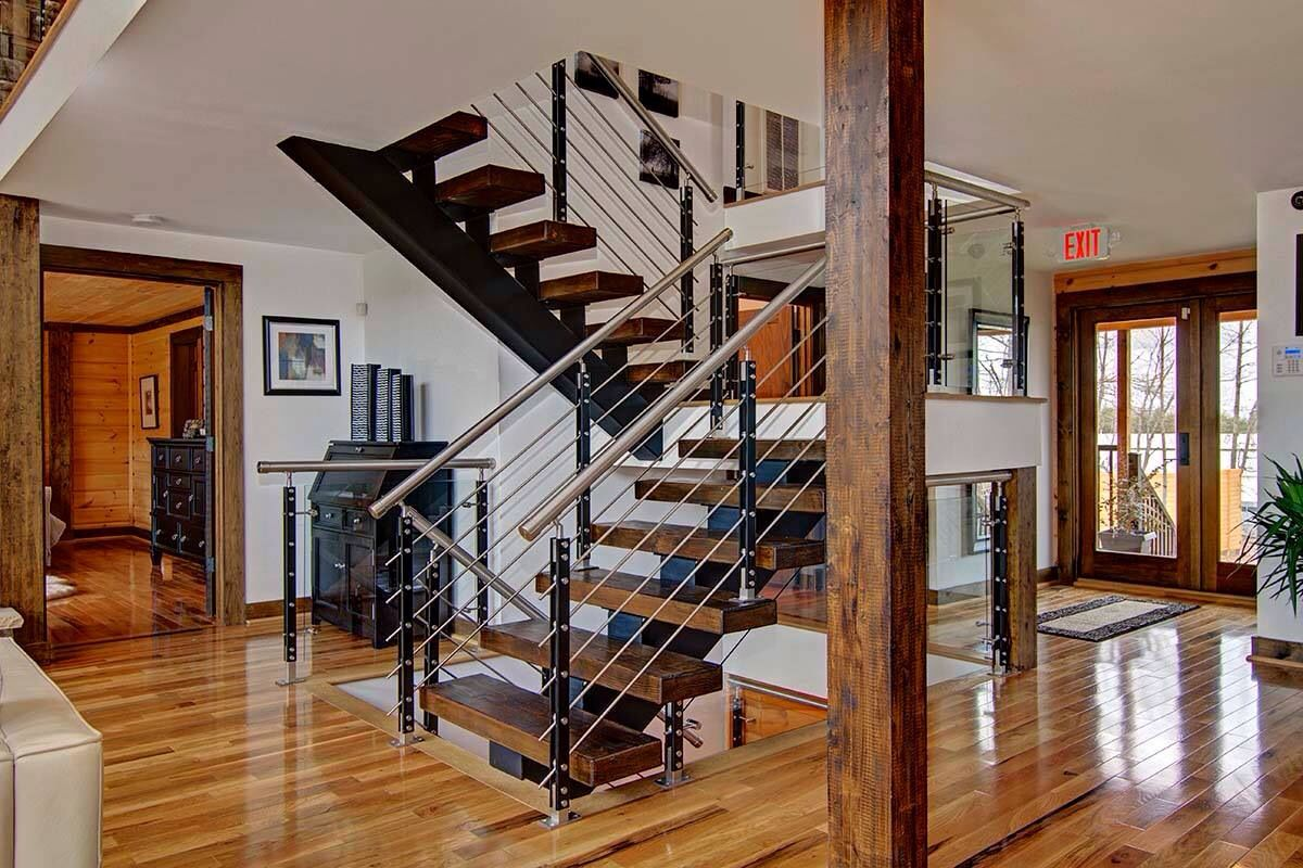 such a gorgeous staircase the dark steps contrast so well with