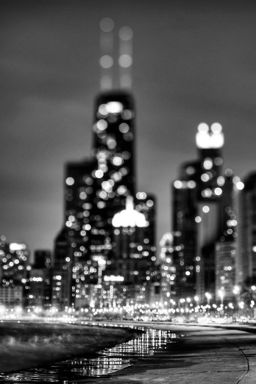 black and white city lights | photography lights Black and White landscape city ...
