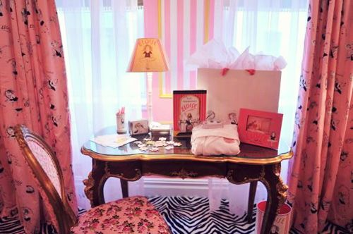 Eloise Suite At The Plaza Hotel In New York Designed By Betsey