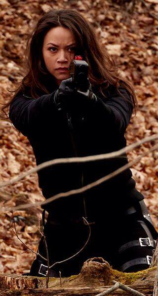 Melissa O Neil As Two Portia Lin In Dark Matter Celebrities Female Female Fighter Famous Celebrities