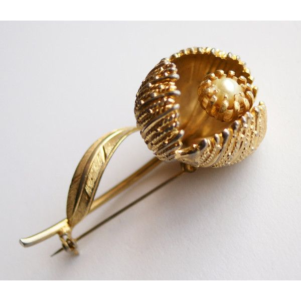 Vintage Gold Tone 3D Textured Faux Pearl Flower Pin Brooch 375 ARS