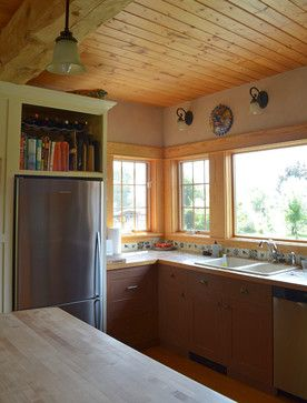 Half Way, OR: Pat & Patti Walker traditional kitchen