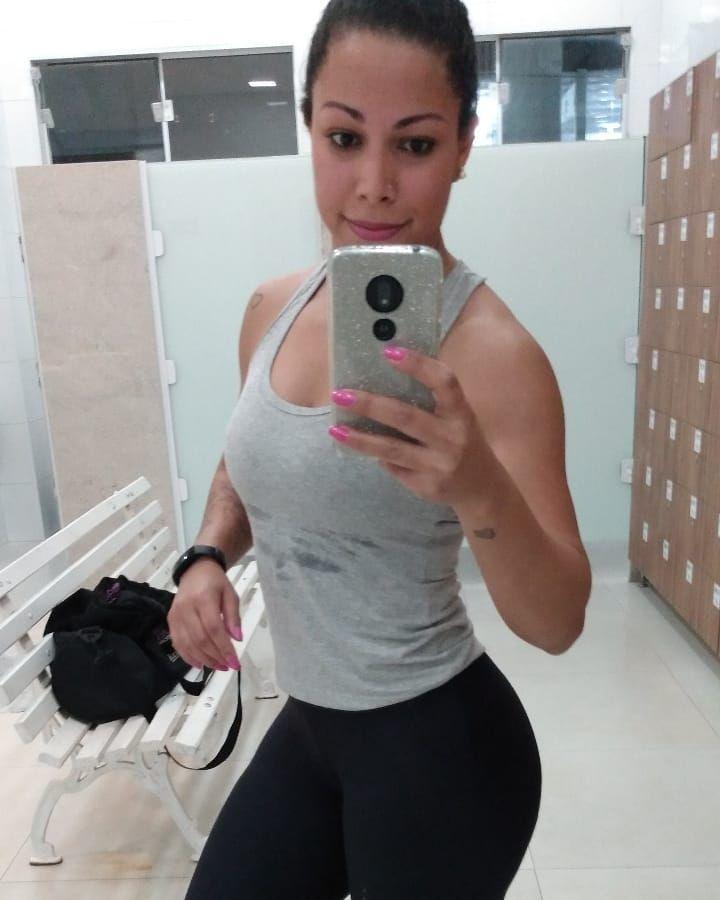Treino de quarta concluído! 🥵💪🏻 #training #treino #gym #femalefitness #fit #fitness #cardio #instafi...