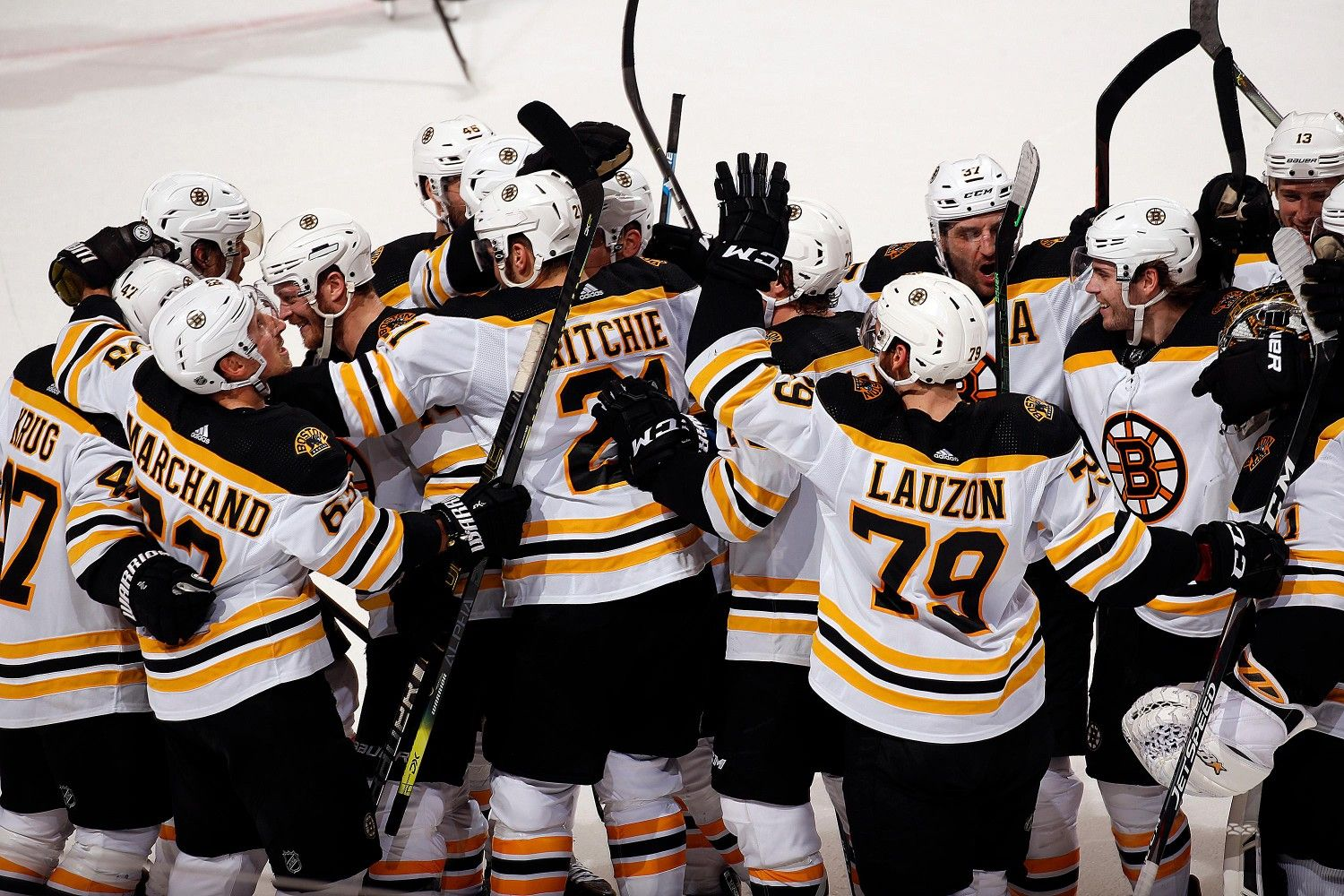 Boston Bruins Victorious Over Tb Lightning 3 3 20 In 2020 Boston Bruins Boston Bruins Wallpaper Boston Bruins Funny