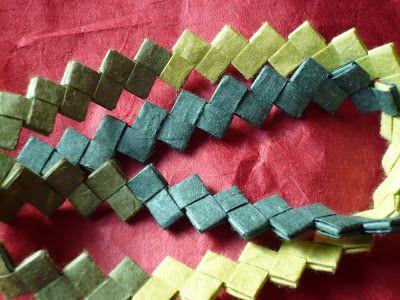 Manufacta Paper Jewelry