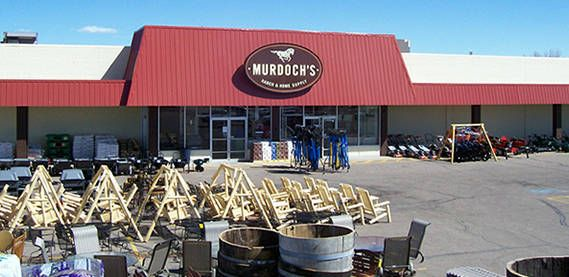 Murdoch S In Fort Morgan Co We Welcome You And Your 4 Legged Friend With A Happy Smile Fort Morgan Colorado Attractions Ranch House