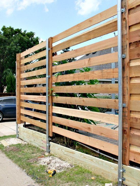 the backyard a new horizontal fence hi sugarplum. Black Bedroom Furniture Sets. Home Design Ideas