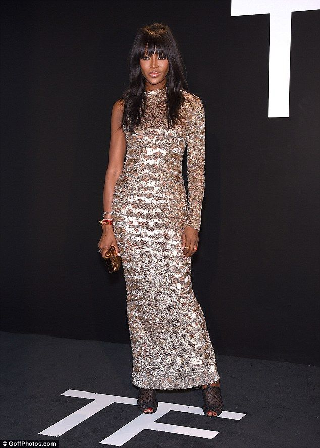 13d02594cc0 Breathtaking  Naomi Campbell couldn t help but turn heads again on Friday  as she attended .