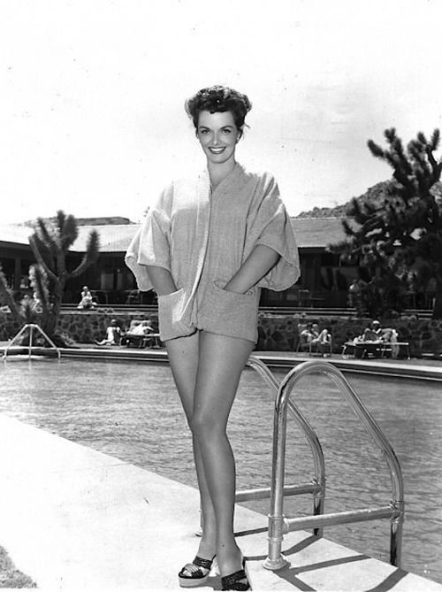 8471f161b701b Jane Russell on the set of Foxfire