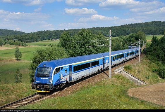 RailPictures.Net Photo: CD 80 91 007 Ceske Drahy RAILJET 80 91 at Deutsch Hörschlag, Austria by Jaroslav Dvorak: