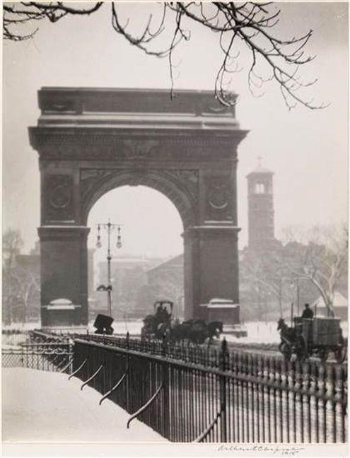 Snowy Arch in Washington Square Park, 1915