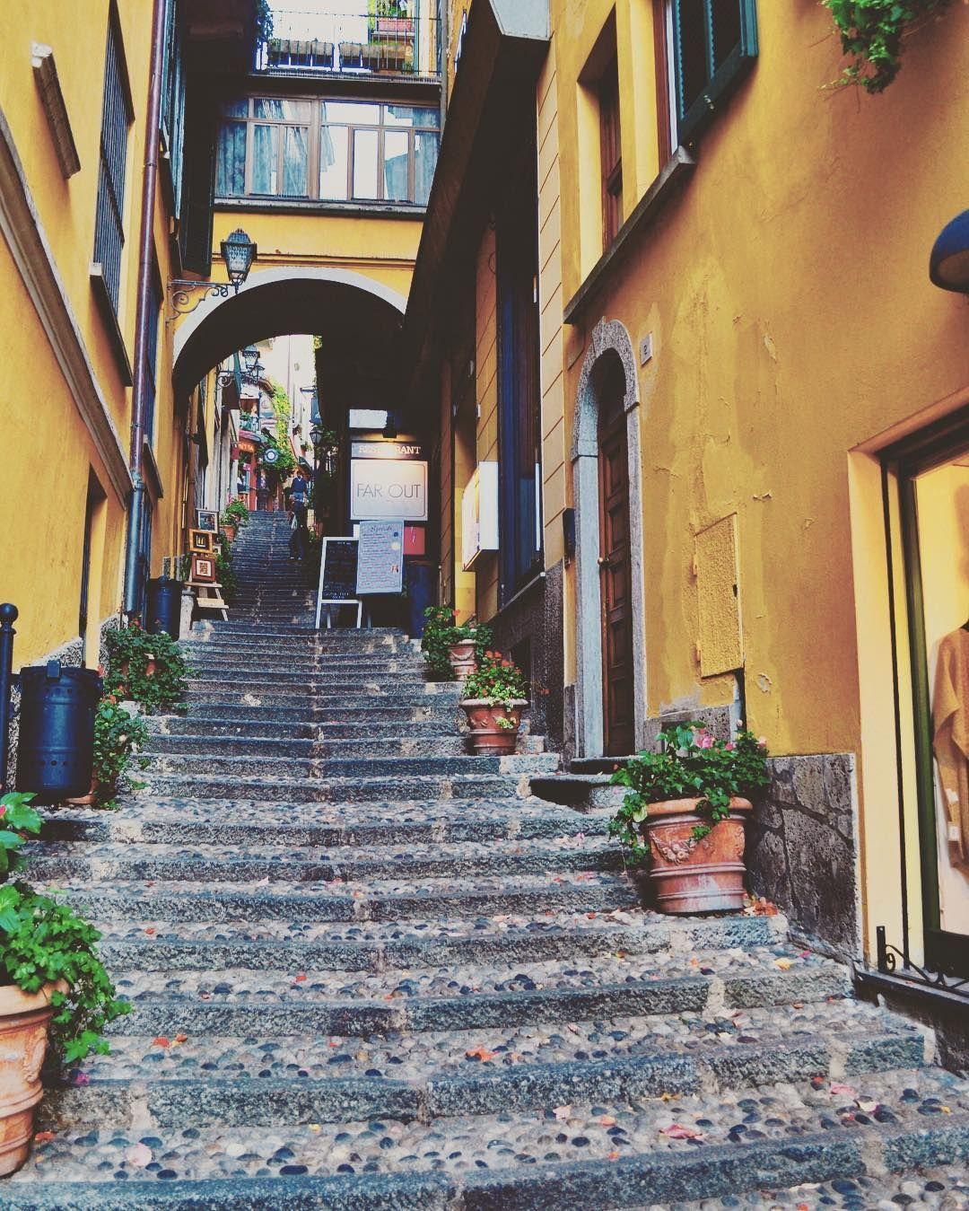 #bellagio #italia #italy #lake #lakecomo #lago #love #pic #picture #photooftheday #picoftheday #beautiful #lagodicomo #stairs #architecture #color #colorful #village #europe #ig_italy #instadaily #instaitalia #instapic #beauty #beautifulplaces #beautifulview
