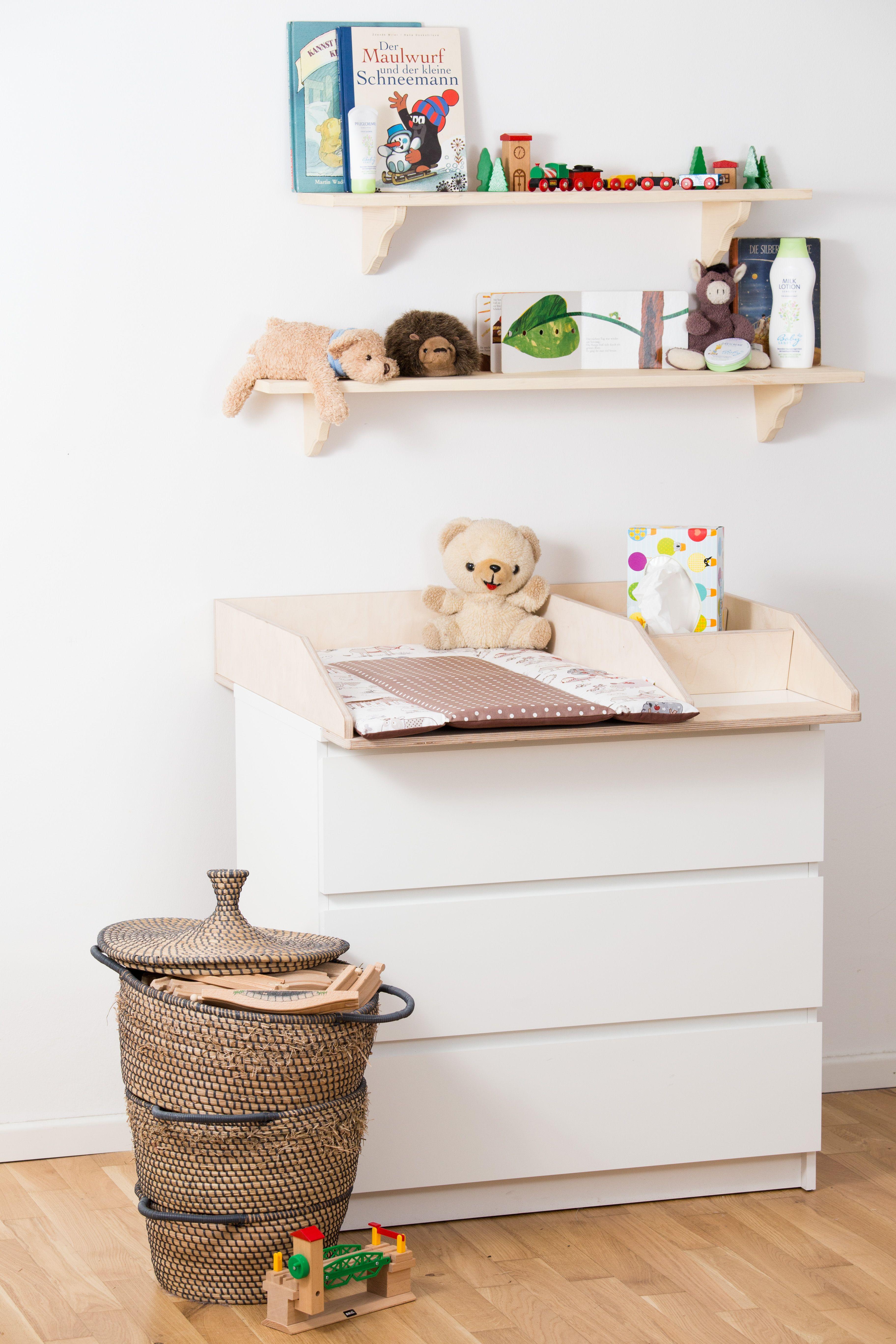 wickelaufsatz 50 cm breite mit zus tzlichen f chern f r babyprodukte auf ikea malm kommode. Black Bedroom Furniture Sets. Home Design Ideas