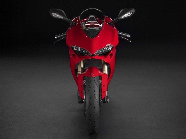 Ducati-1299-Panigale-studio-06