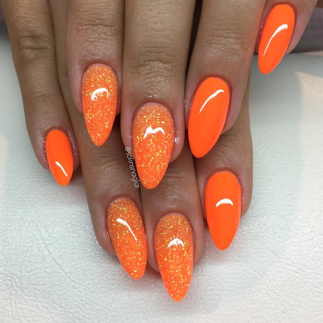 """""""Neon Orange"""" med glitter👌🏼 lillynails Orange nail"""