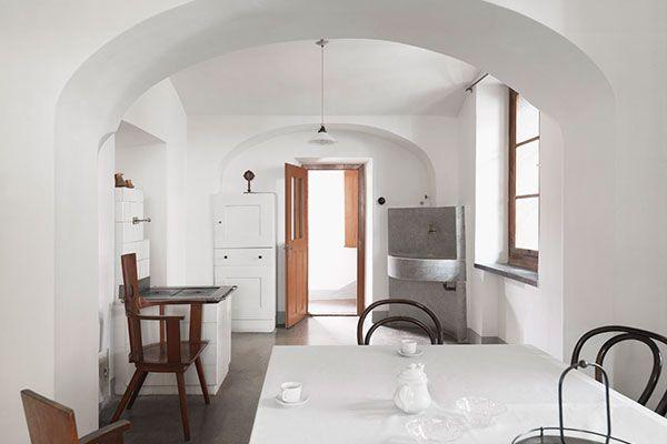 Plečnik House In Ljubljana IconicHouses Kitchens I Love - A beautiful villa in ljubljana every minimalist will love