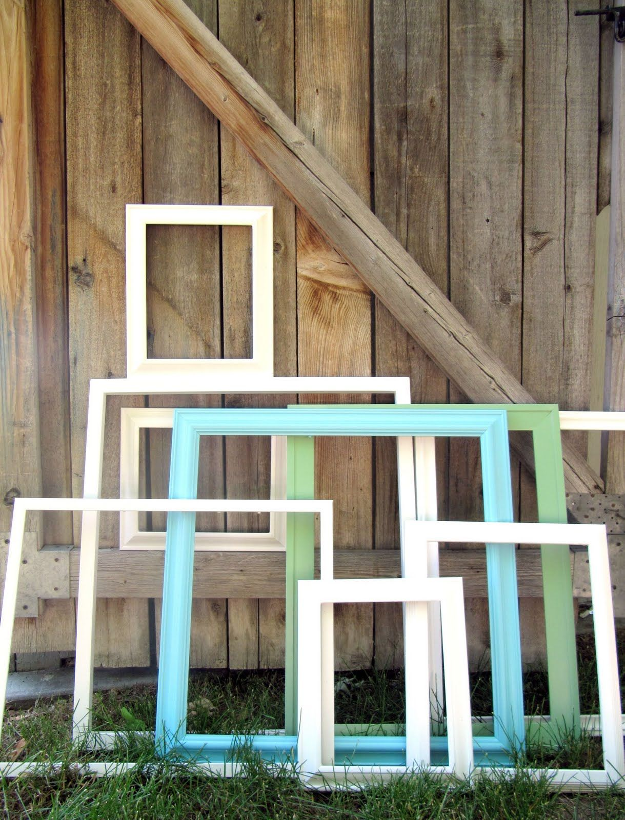 Picture Frame Upcycle The Wicker House Painting Picture Frames & A