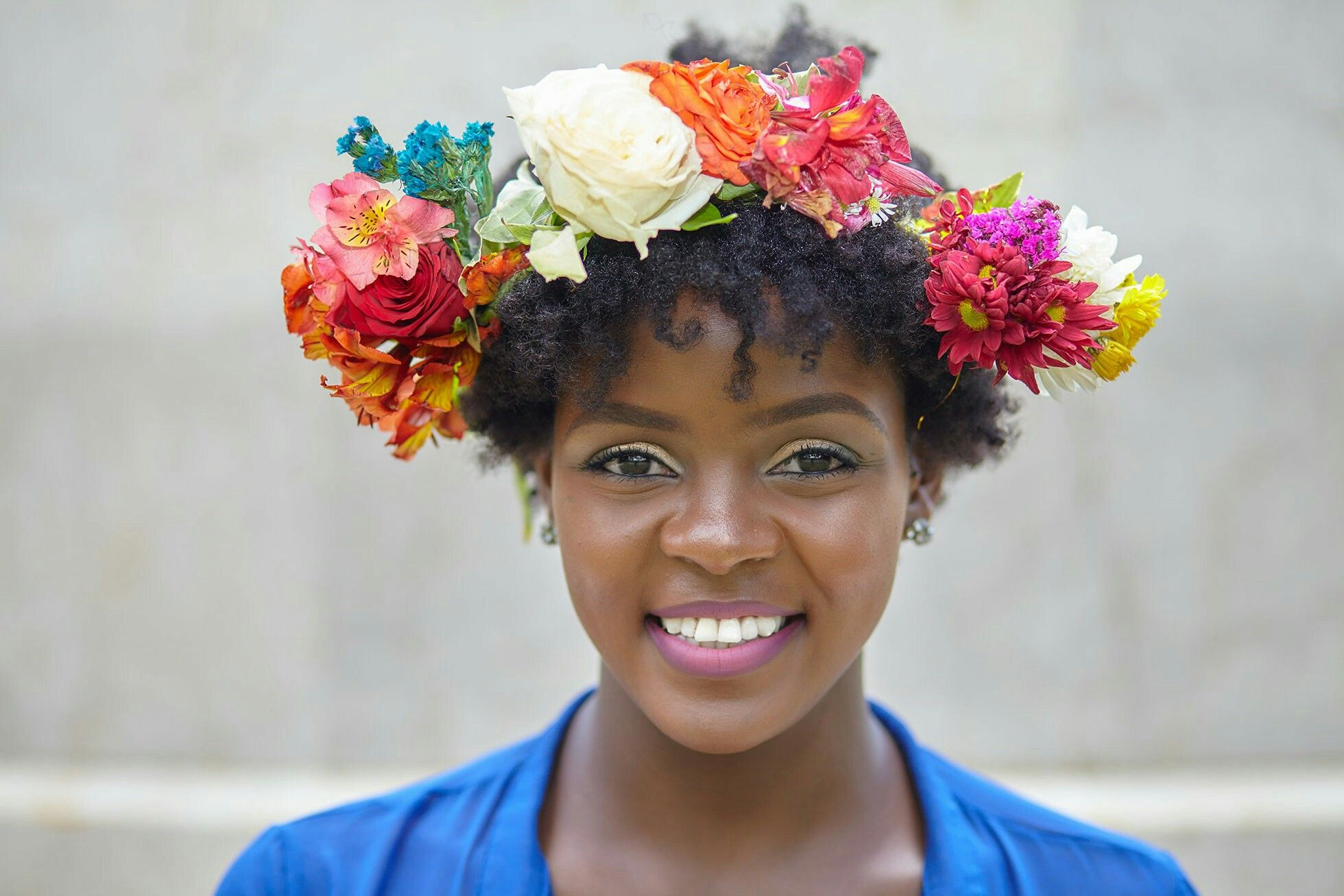 Pin by titi a on bohemian bride pinterest how to accessorize your natural hair using a flower crown made using fresh flowers jazz up your teeny weeny afro for a festival using flower crowns izmirmasajfo