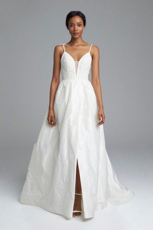 إطلالة على المصممين الأفارقة أمسال أبيرا أثيوبيا A Look At The African Designers Amsale Aberra Amsale Wedding Dress Wedding Dresses Taffeta Ball Gowns Wedding
