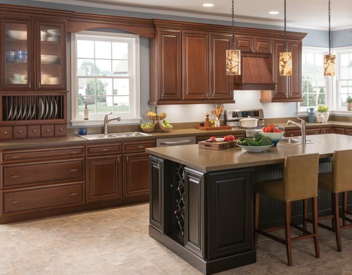 Mastercraft Cabinets | Modesto Kitchen/Tuscany/chocolate Glazing.