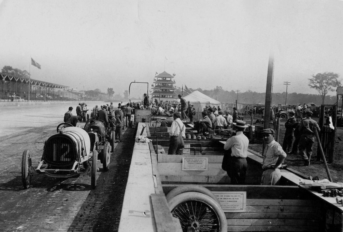 1911 pit road and pit stalls indy 500 indie classic