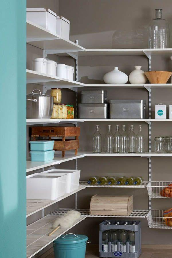 Wandregalsystem P SLOT für Bücher oder im Wohnzimmer