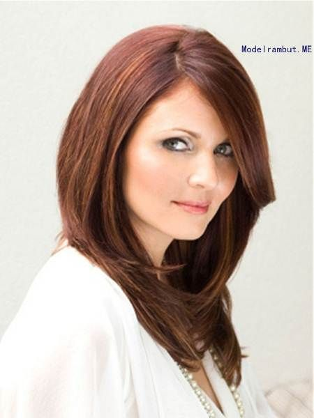 18 Model Potongan Rambut Untuk Wajah Bulat Dan Pipi Tembem Pendek Dan Panjang Sealkazz Potongan Rambut Pendek Potongan Rambut Untuk Wajah Bulat Rambut Baru