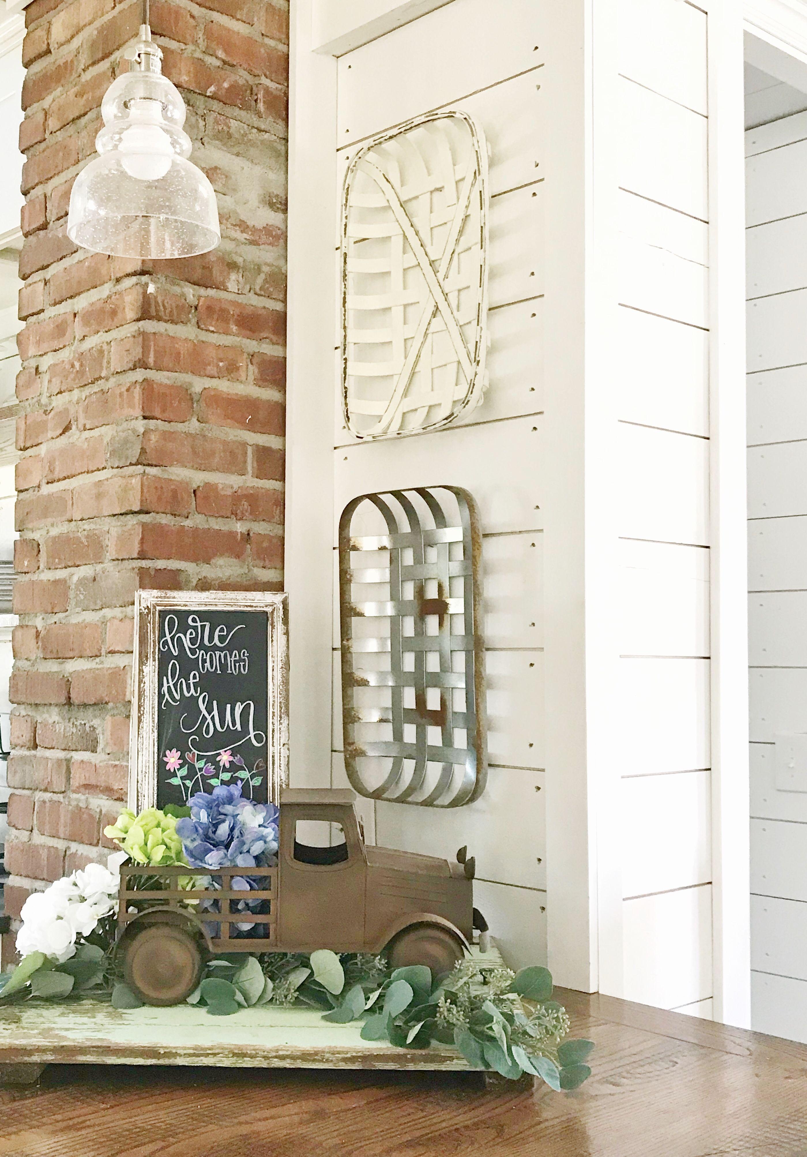 Hobby Lobby Has Given Tobacco Baskets An Entirely New Farmhouse Look Follow Me As I Create This Springti Decor Around Tv Farmhouse Decor Tobacco Basket Decor