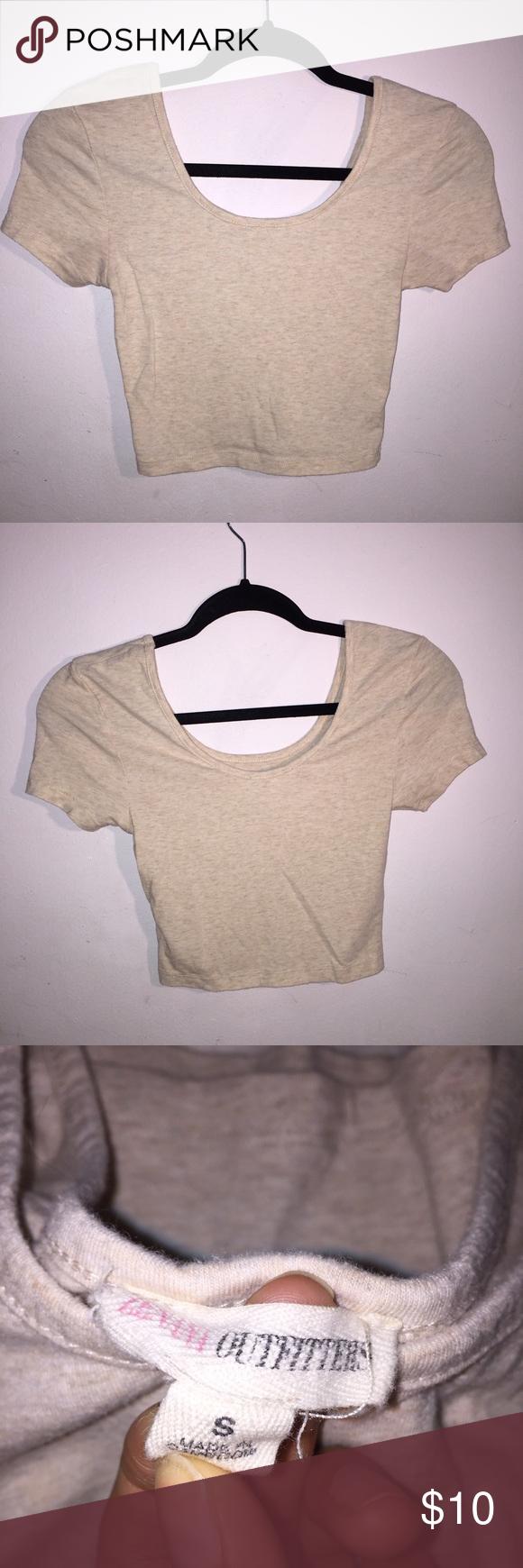 ☀️CROP TOP☀️ Tan, crop top!! Good condition, worn a few times! Tops Crop Tops