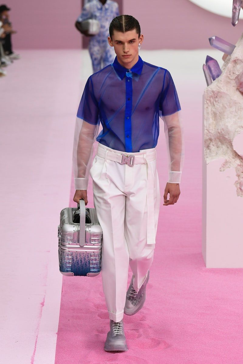 Dior Men | Menswear - Spring 2020 | Look 43 | High fashion couture, High  fashion outfits, Mens designer fashion