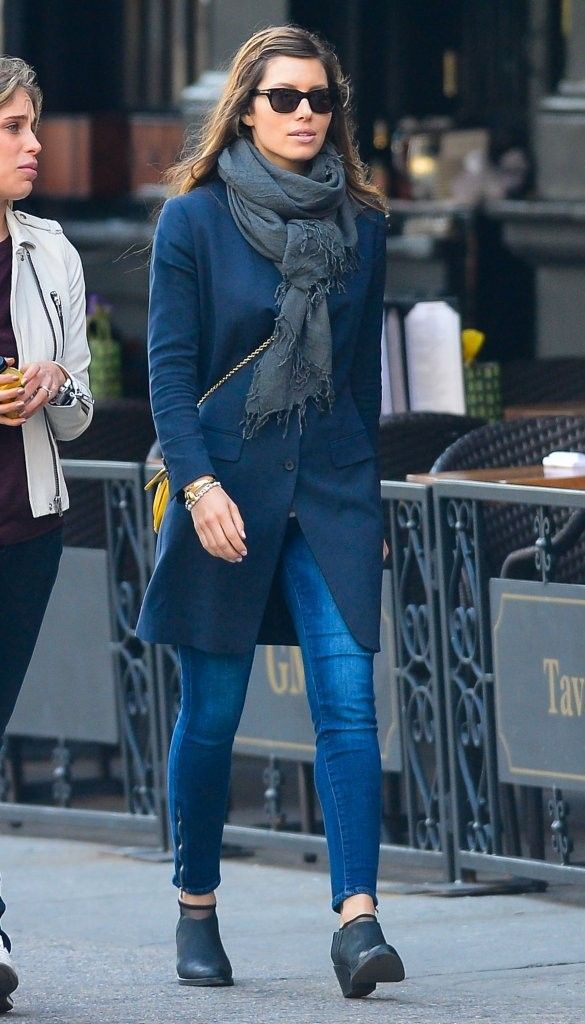 Jessica Biel Ankle Boots - Jessica Biel completed her look with simple  black booties. 20575278ac9
