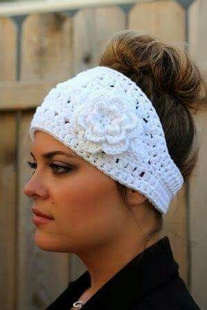 Banda para el cabello a ganchillo con flor. | accesorios a crochet ...