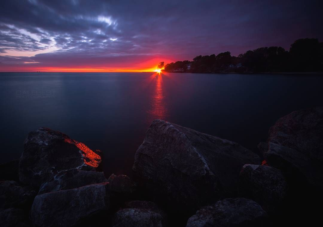 Stunning Night Landscape Photography By Cale Best Noche