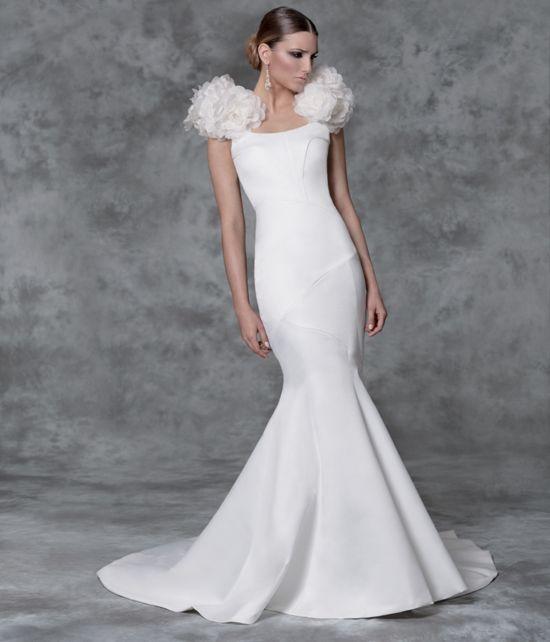 sencillamente ,,,,increíble  | vestidos de novia | pinterest