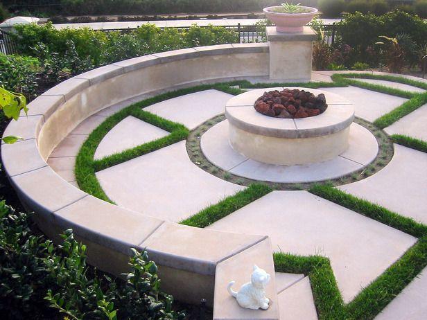 Fire pit +garden design Pinterest Patios, Spaces and Gardens