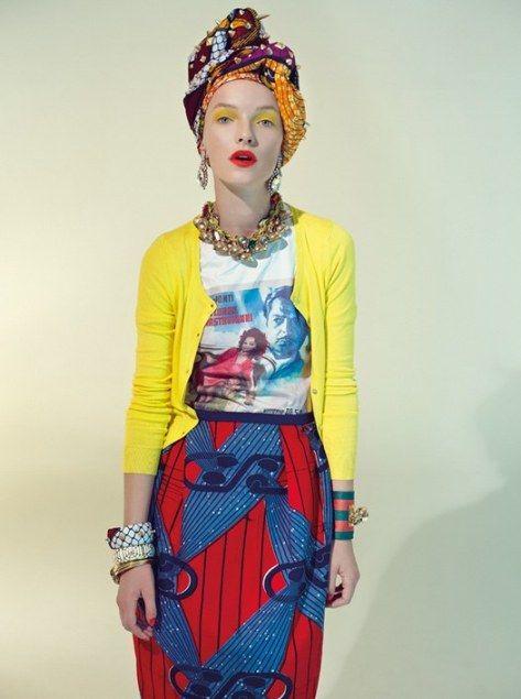 Stella Jean toujours aussi chic, coloré et glamour. Voici les photos du lookbook 2013 de notre styliste italo-haitienne préférée. Prêtez attention aux beaux accessoires pagnifik accompagnent les tenues Site web Stella Jean Suivez l'actualité de Pagnifik sur Facebook