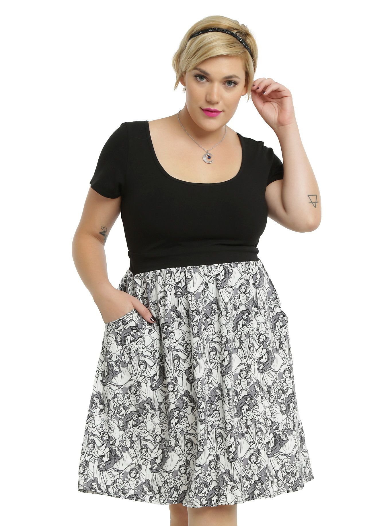 f3527964c1 <p>We love how this dress looks like a shirt and skirt combo you just  happened to throw together. You fashionista, you! It has a solid black, ...
